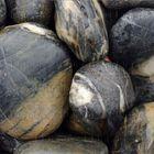 """Грунт натуральный UDeco Stream Black """"Чёрная галька"""" для аквариумов, 30-50 мм, 2 л"""