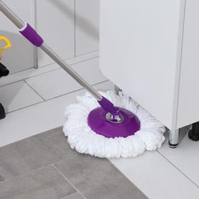 Набор для уборки: ведро на ножках с педальным отжимом и металлической центрифугой 8,5 л, швабра, запасная насадка из микрофибры, цвет МИКС - фото 4644042