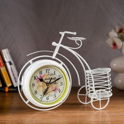 """Часы настольные """"Велосипед с подсвечником"""", белые, 29х24 см"""