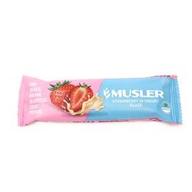 Батончик MUSLER 30г клубника и йогурт