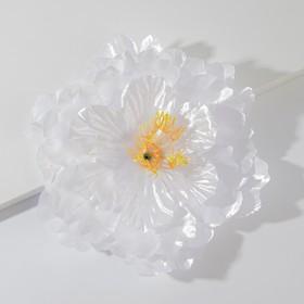 Artificial flowers for decoration, colour white