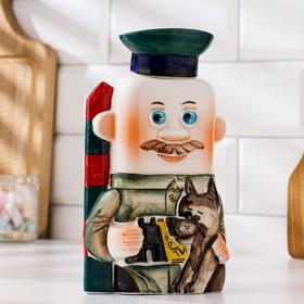 Штоф фарфоровый «Пограничник», 0.4 л, в упаковке книге Ош
