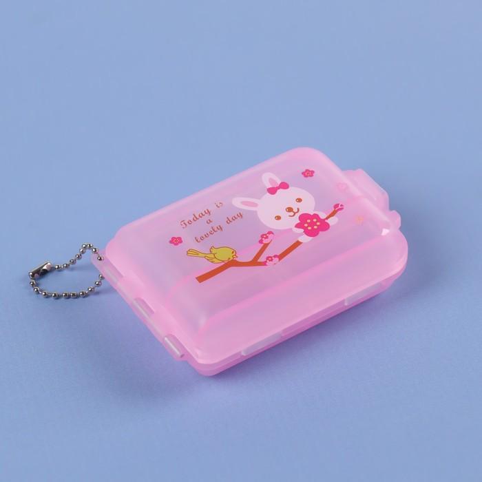 """Таблетница """"Medicine"""", с цепочкой, 5 секций, цвет МИКС"""