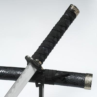 Сувенирное оружие «Катана», чёрные ножны под змеиную кожу, 70 см