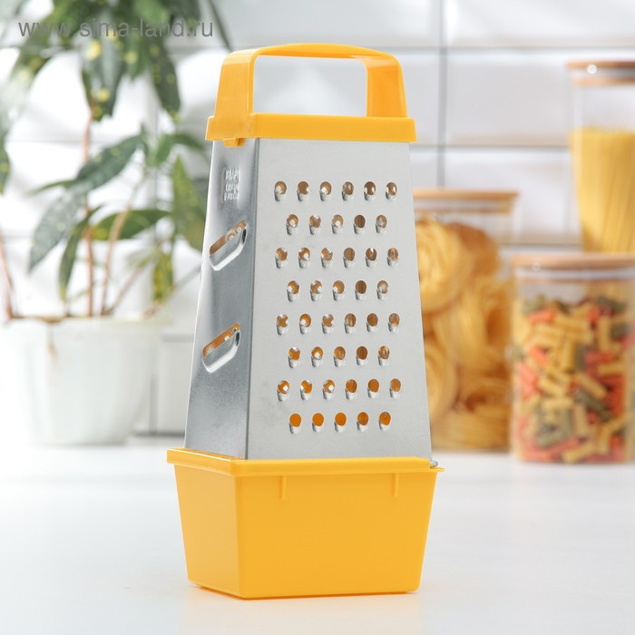 """Grater """"Universal"""", with the container"""