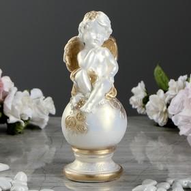 Бело-золотая