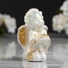 """Статуэтка """"Малыш с розой"""" перламутровая, с золотом, 4,5х4х7 см"""