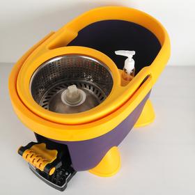 Набор для уборки: ведро на ножках с педальным отжимом и металлической центрифугой 20 л, швабра, запасная насадка из микрофибры, дозатор, цвет МИКС - фото 4644019