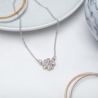 "Pendant ""Flower"" chamomile, white silver, 40 cm"