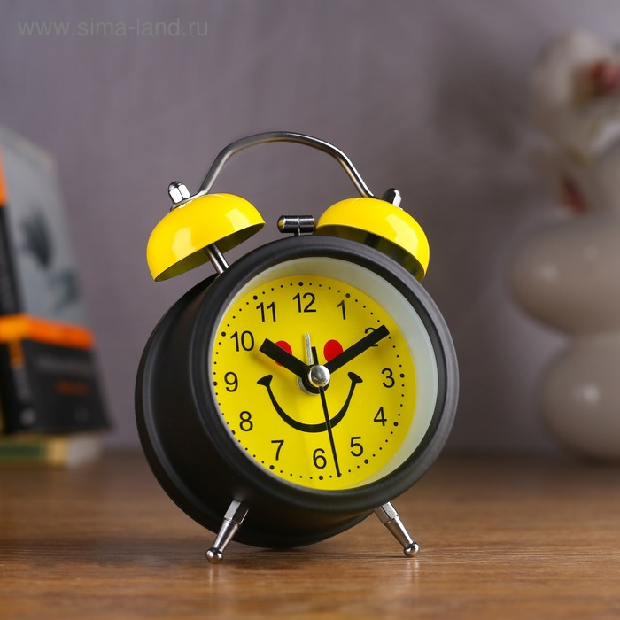 Будильник d=8см, черный, на циферблате Мордашка-улыбашка на желтом, с подсветкой, микс
