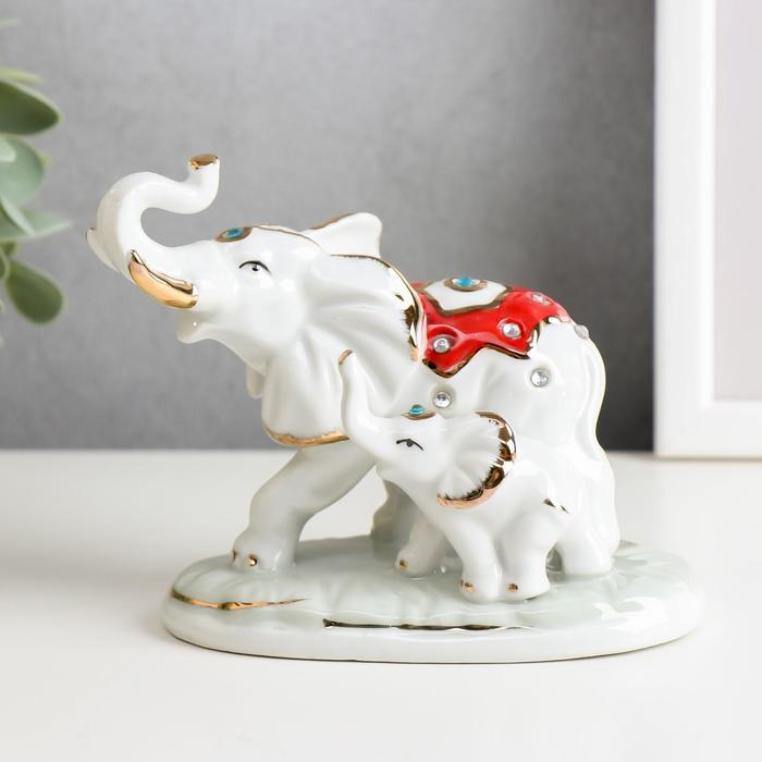 """Сувенир под фарфор """"Слон со слонёнком в попонах"""" стразы"""