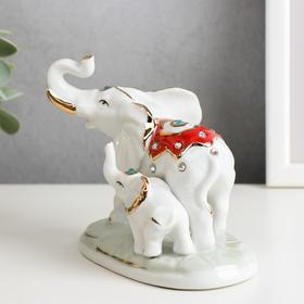 "Souvenir under porcelain ""Elephant with baby elephant in the blanket"" rhinestones"