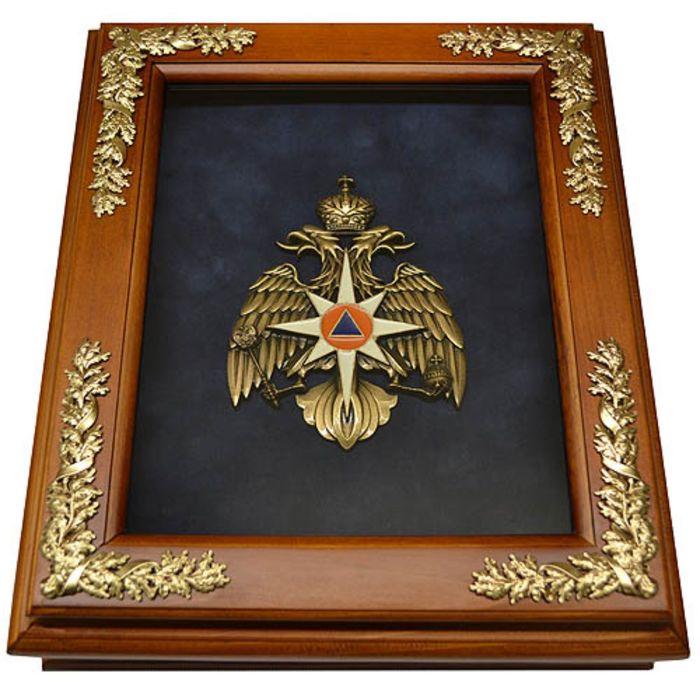 Деревянная ключница «Эмблема МЧС России» настенная