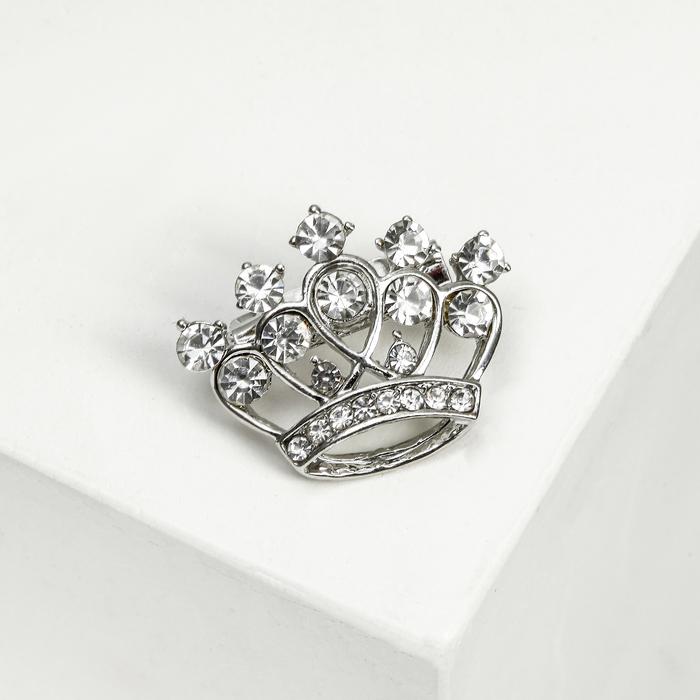 """Брошь """"Коронка"""" малая, цвет белый в серебре"""