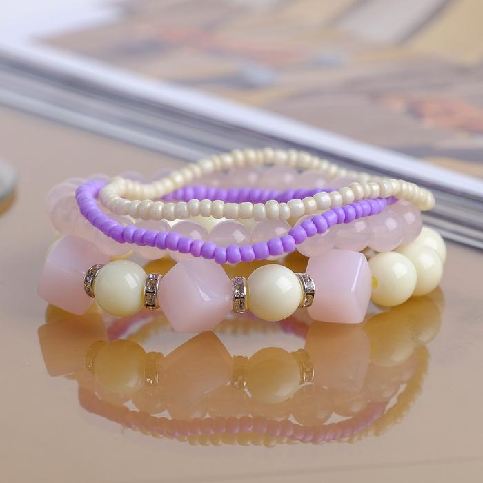 """Браслет ассорти """"Улыбка"""" кубики, набор 4 штуки, цвет бело-фиолетовый"""
