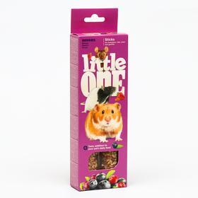 Палочки Little One с ягодами для хомяков, крыс, мышей и песчанок, 60 г х 2 шт