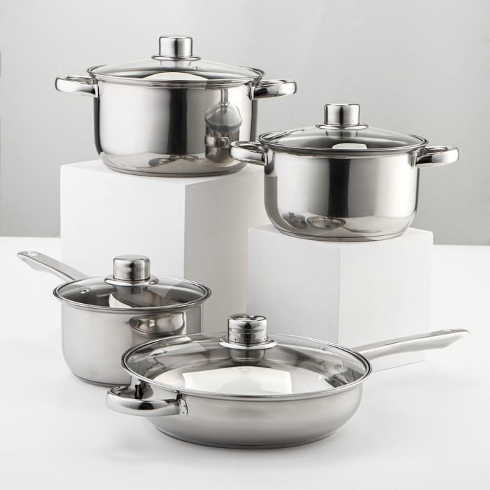 "Set 8-piece ""Classic"": bucket 1.4 l, 2 pots 2/2,9 l, fry pan 24 cm, 4 covers, wall 0.3 mm, bottom 5 mm"