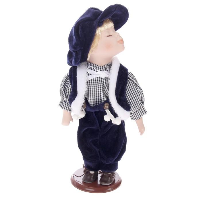 Кукла коллекционная, под фарфор, на деревянной подставке, в ассортименте