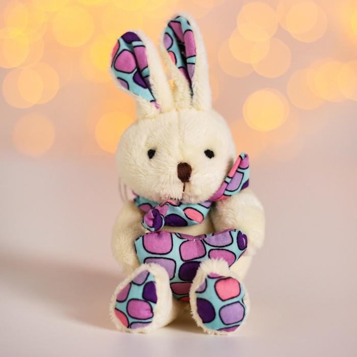 Мягкая игрушка-подвеска «Зайка с сердцем», шарфик на шее, цвета МИКС