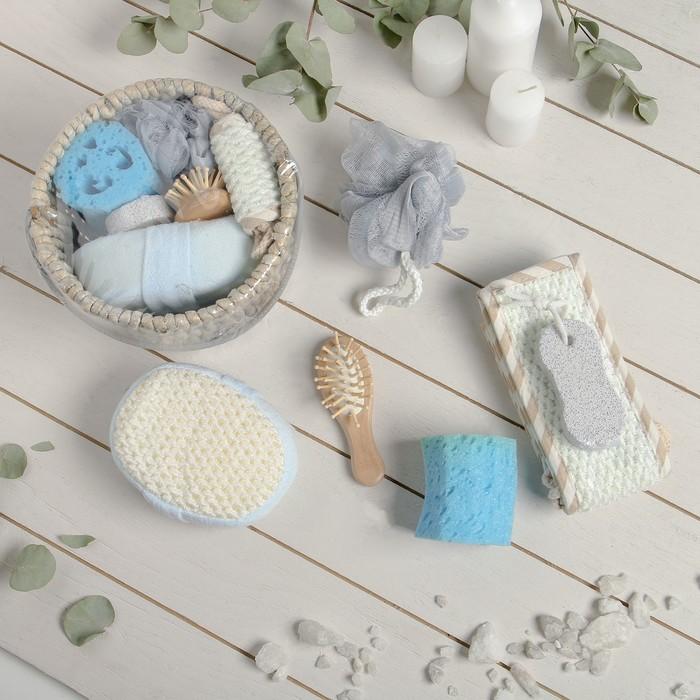 Набор банный 6 предметов: 3 мочалки, расческа, зеркало, полотенце, цвет МИКС