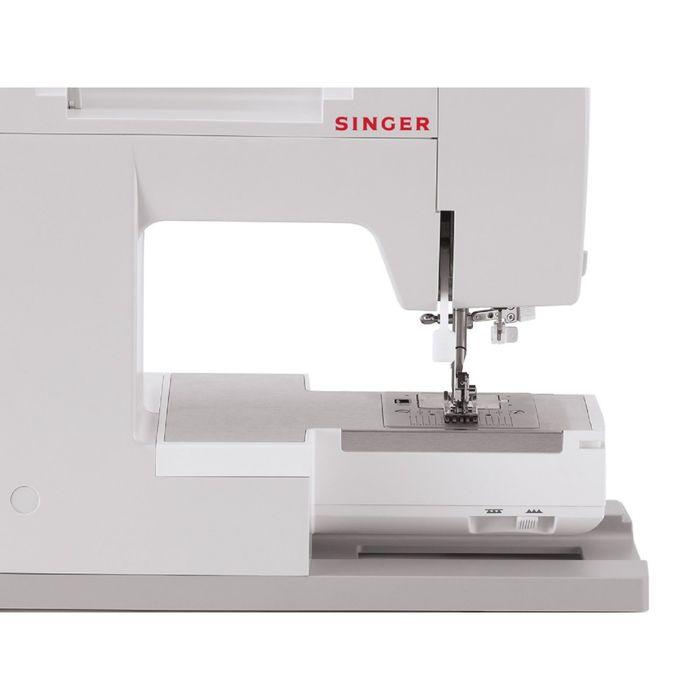 Швейная машина Singer Supera 5511, 11 операций, полуавтоматическая обработка петли