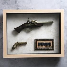 Пистолет, 2в1, в раме, структура дерево, пули, на карте мира, 39х49 см