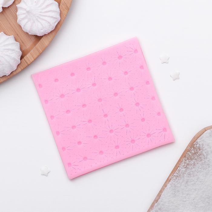 """Коврик для айсинга 10,2×0,7 см """"Ромашковое поле"""", цвет розовый - фото 308053260"""