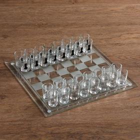Пьяная игра 'Пьяные шахматы', 32 стопки, доска 35 × 35 см, прозрачная Ош
