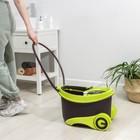 Набор для уборки: ведро на колёсиках с металлической центрифугой 18 л, швабра, запасная насадка из микрофибры, 2 дозатора, цвет МИКС - фото 4644063