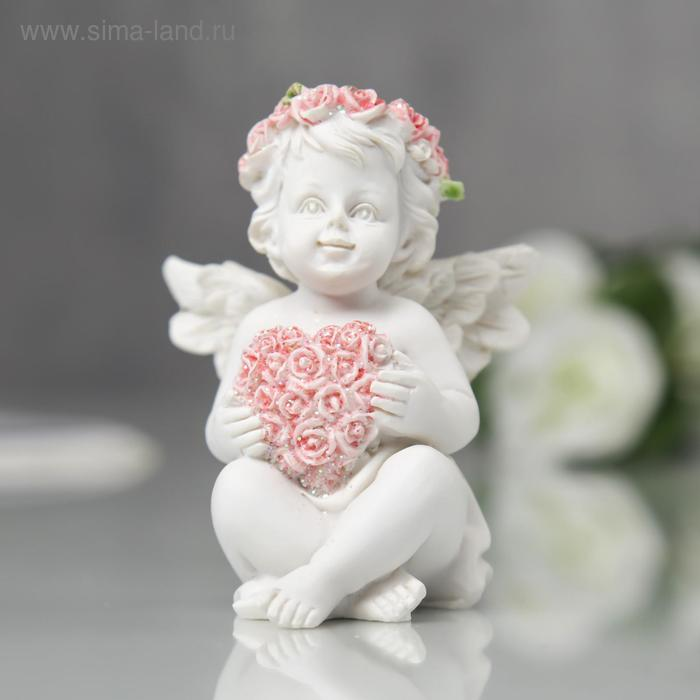 "Фигурка полистоун ""Ангел с сердечком из розовых роз"" 7,5х6х6 см"