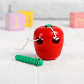 "Шнуровка ""Яблочко с червячком"""