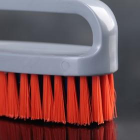 Щётка-утюжок малая средней жёсткости, длина щетины 2,3 см, цвет МИКС - фото 1717393