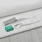 Набор для педикюра, 3 предмета: тёрка, металлическая тёрка с бритвой, лезвия, цвет белый, SIS-61
