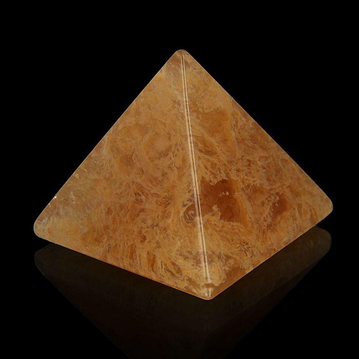 Пирамида из камня. Дымчатый кварц от 38х33мм/80г: коробка