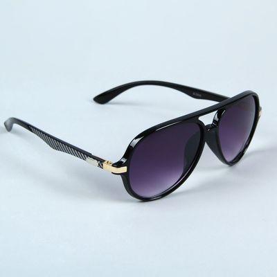 Очки солнцезащитные «Авиаторы», оправа чёрная, линзы фиолетовые, дужки чёрно-белые