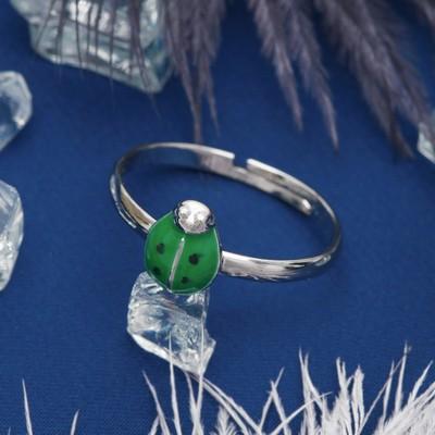 """Кольцо """"Божья коровка"""", цвет зеленый в серебре, безразмерное"""