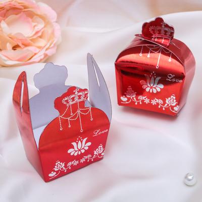 """Коробочка подарочная под кольцо/серьги """"Сундучок принцессы"""" 7*4*8,5, цвет красный"""