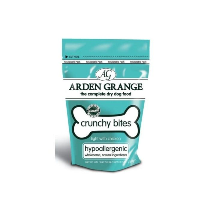 Лакомство Arden Grange   для собак, диетическое, низкокалорийное, с курицей 250 гр