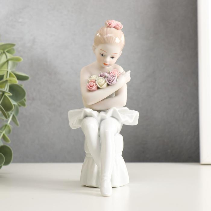 """Сувенир керамика """"Цветы от поклонников"""" 15х10,5х6,5 см"""