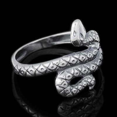 """Кольцо посеребрение с оксидированием """"Змея"""", 19 размер"""