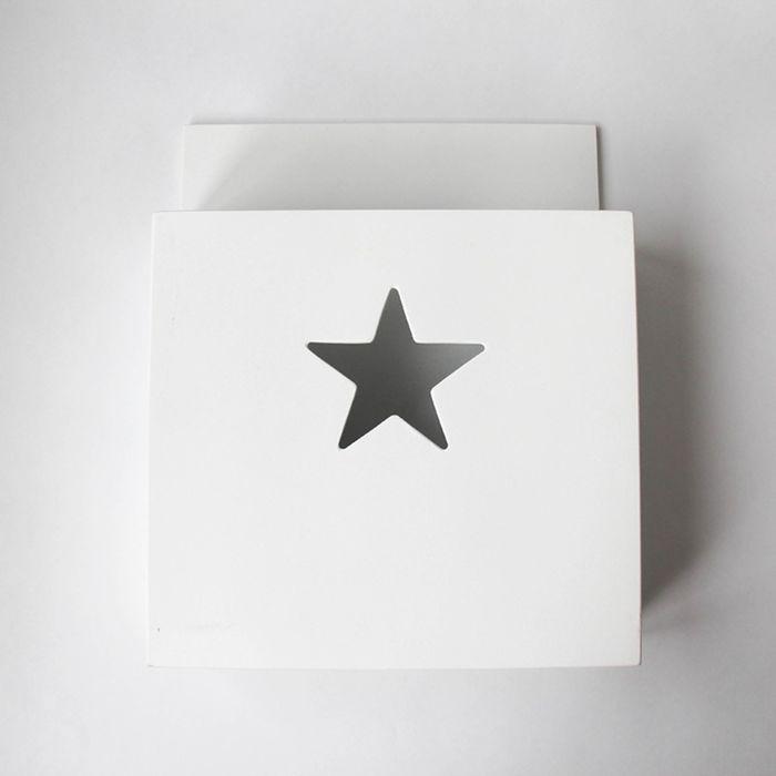 Карман для книг, деревянный, белый  со звездочкой