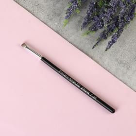Eyebrow brush, beveled, black.