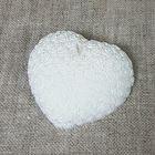 """Свеча """"Ручная работа"""" сердце из роз белое 7х8"""