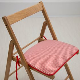 Подушка на стул «Красная клетка», 41 х 36 х 3 см