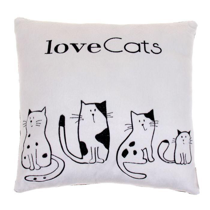 "Подушка ""Love cats"""
