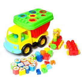 Развивающая игрушка-сортер «Машинка путешествие», 23 предмета