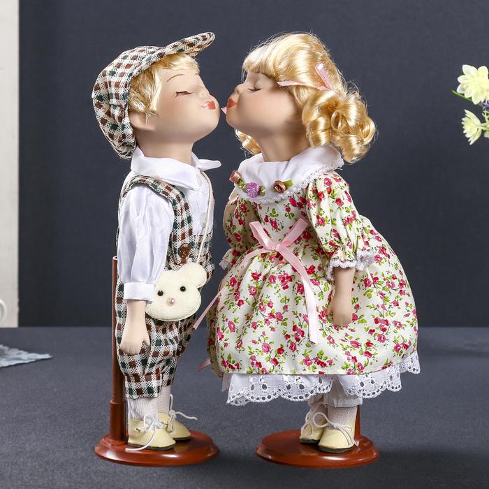 """Кукла коллекционная парочка поцелуй набор 2 шт """"Летние гулянья"""" 30 см"""