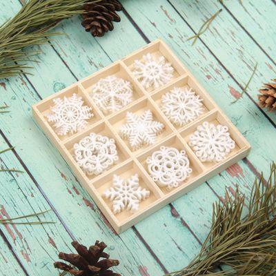 """Набор для новогоднего декора """"Снежинки"""", фетр, размер снежинки — 3,5 см, 36 шт."""
