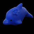 Дельфин с цветочком