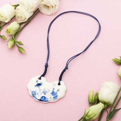 "Pendant ""Ceramics"" semi-circle, length 36-70cm adjustable-color: blue-white, 36 cm"